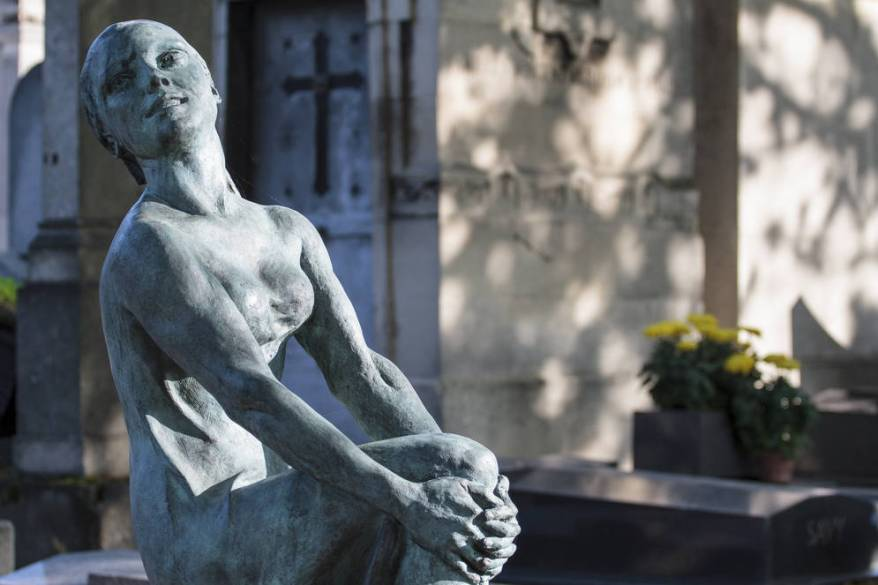 0_4200_0_2800_one_PereLachaise_Knight_010